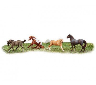 Breyer Stablemates Wild At Heart
